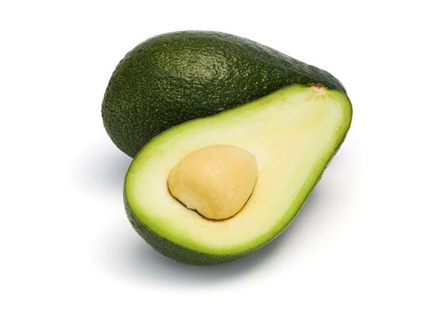 Korkeasta kolesterolista kärsivät voivat hyödyntää avokadoa vähentääkseen huonoja LDL-kolesterolitasoja ja ylläpitämään hyviä HDL-kolesterolitasoja.