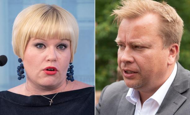 Annika Saarikko tukee Antti Kaikkosta keskustan puheenjohtajaksi.