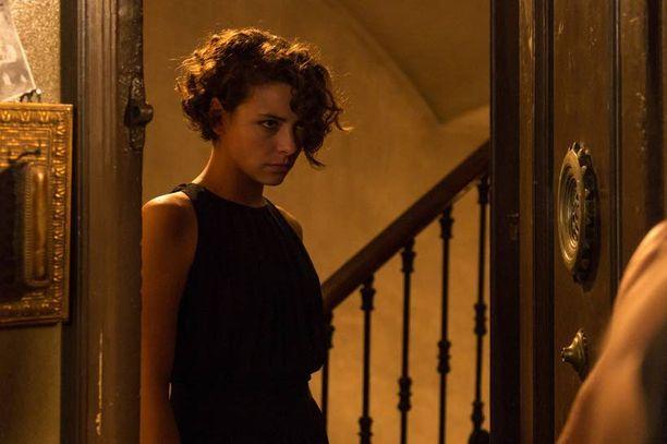 Naispääosan Annieta esittää Jasmine Trinca.