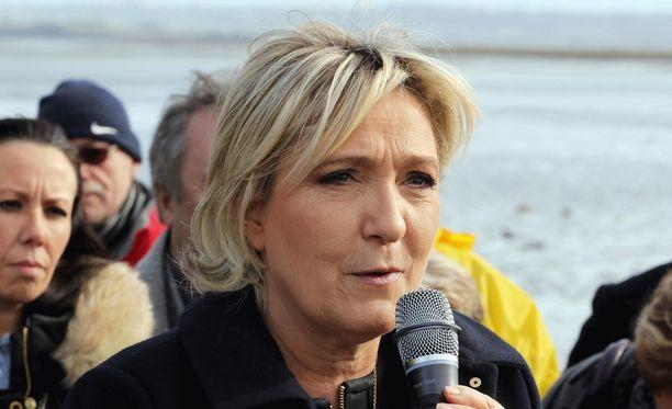 Marine Le Pen voidaan haastaa oikeuteen Isisin propagandan levittämisestä.