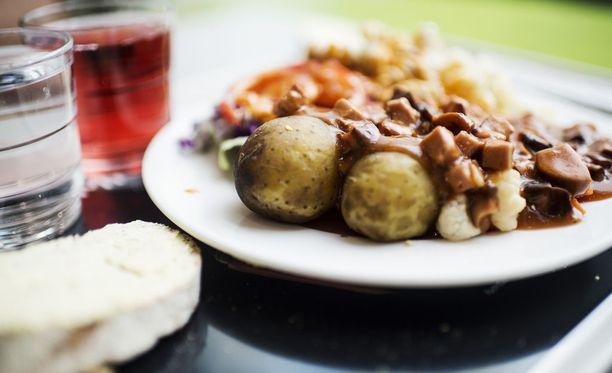 Porvoossa pohditaan, miten paikalliset perunat saataisiin takaisin julkiseen keittiöön.