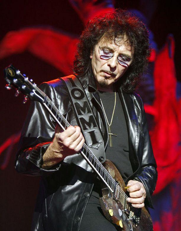Toni-Marien isä on Black Sabbathin kitaristina tunnettu Tony Iommi.