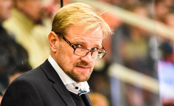 Petri Matikainen piikitteli Liiga-studion asiantuntijoita.