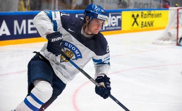 Aleksander Barkov ei pysty pelaamaan puolivälierässä.