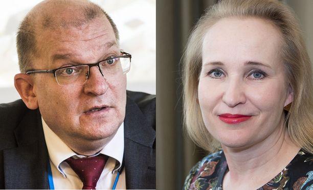 Teollisuusliiton puheenjohtaja Riku Aalto ja Teknologiateollisuuden työmarkkinajohtaja Minna Helle.