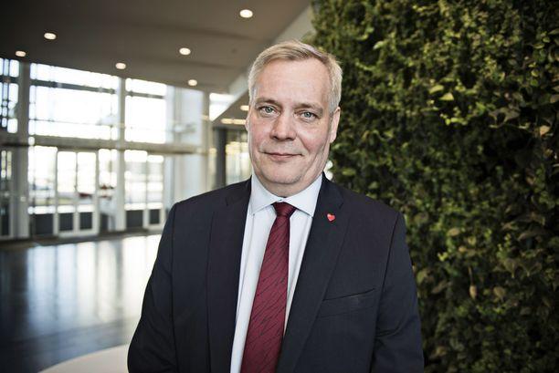 Poliittinen lakkoilu nostaisi todennäköisesti Antti Rinteen ja SDP:n suosiota.