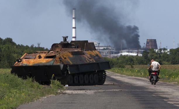 Sunnuntaina Ukrainassa on käyty verisiä taisteluita. Kuva lauantailta Luhanskin alueelta.