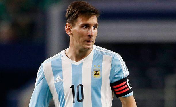 Leo Messi pelasi maajoukkuepaidassa alkuviikosta. Perjantaina oli sitten vielä isompi juhlapäivä.