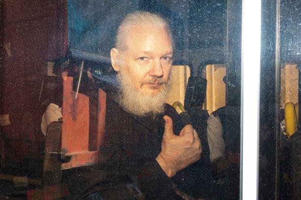 47-vuotias Julian Assange pidätettiin torstaina Lontoossa. Assange on Australian kansalainen.