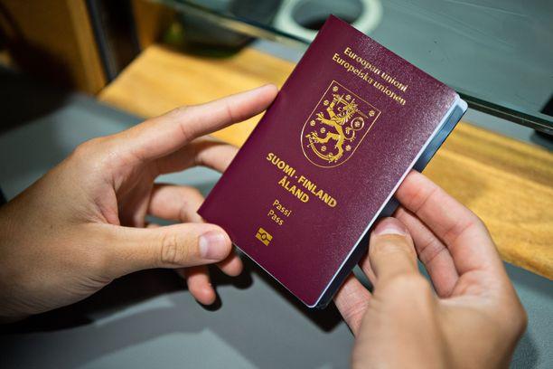 Kaikki kadonneeksi ilmoitetut passit mitätöidään.