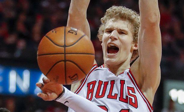 Bulls-luotsi Fred Hoiberg tarjoili Lauri Markkaselle Philadelphiassa maltillisen 22.40 minuutin peliajan.