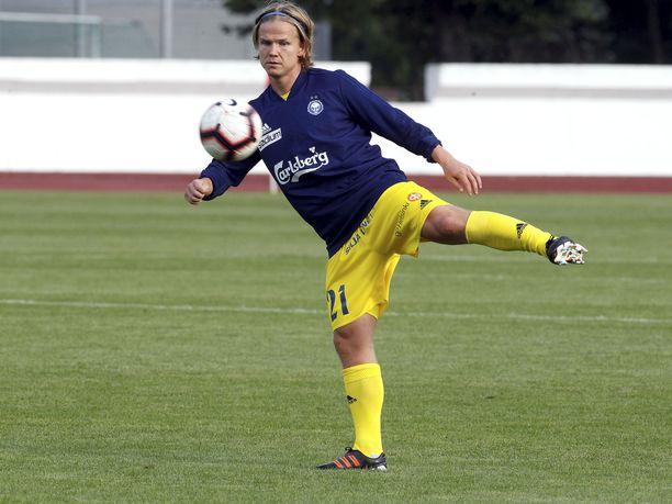 Petteri Forsell esiintyi Latviassa ensimmäistä kertaa HJK:n riveissä.