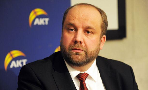 AKT:n puheenjohtaja Marko Piirainen ilmoitti, ettei AKT osallistu neuvotteluihin yhteiskuntasopimuksesta.