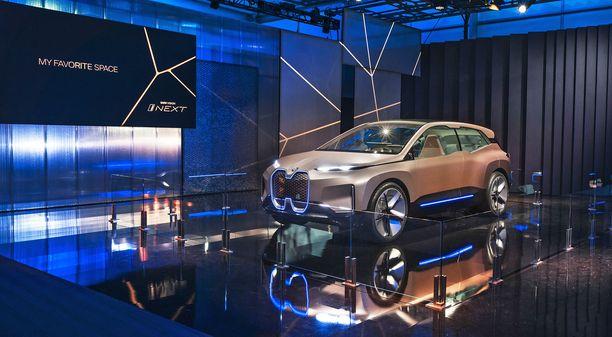 Uusi iNext -konseptiauto on kompaktin katumaasturin kokoinen ajopeli. Tuotantomalli nähdään vuonna 2021.