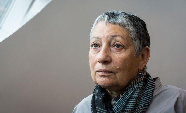 Kirjailija Ljudmila Ulitskaja on mukana Helsingin Kirjamessuilla. Hän painottaa teoksissaan sivistyksen merkitystä.