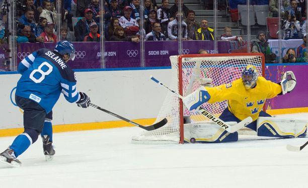 Olympialaisten tv-oikeudet ostaneella Discoverylla on liian pieni kattavuusalue olympialaisten tv-oikeuksien näkymiseen. Lain mukaan kattavuusalueelle pitäisi kuulua merkittävissä urheilutapahtumissa 90 prosenttia suomalaisista.