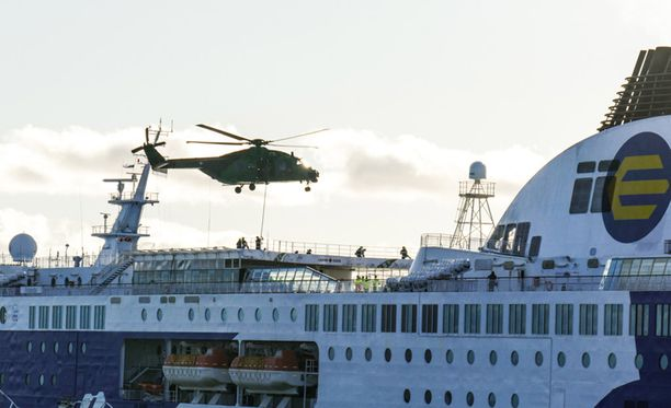 Viranomaiset harjoittelivat Tallinnan-lautalla myös kaksi viikkoa sitten.