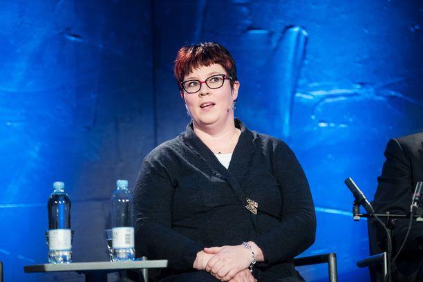 Eduskuntaan valittu Merja Kyllönen (vas) ei aio ottaa mepin paikkaa vastaan, jos hänet valitaan Euroopan parlamenttiin. Kyllönen toimi meppinä vuosina 2014-2019.