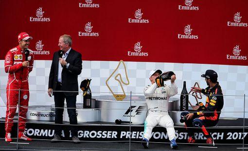 Martin Brundle oli viime viikonloppuna Itävallan GP:ssä tekemässä palkintopallihaastatteluita.