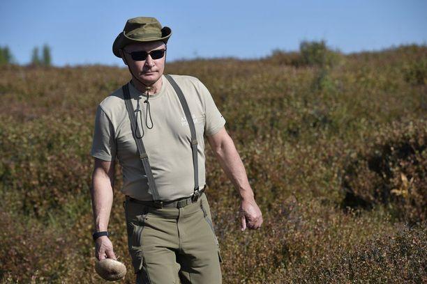 Venäjän presidentti Vladimir Putin vietti useita päiviä Tuvan tasavallassa, Kremlin tiedottaja kertoo.