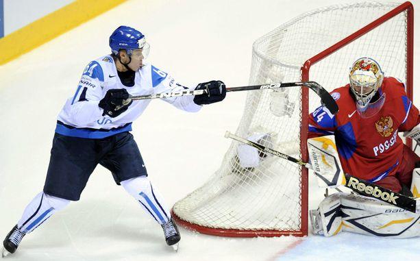 Päävalmentaja Jukka Jalonen yllättyi Granlundin tempusta.