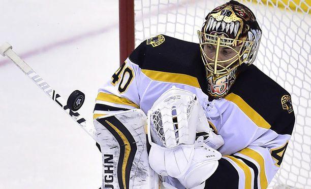 Boston Bruinsin suomalaismaalivahti Tuukka Rask.