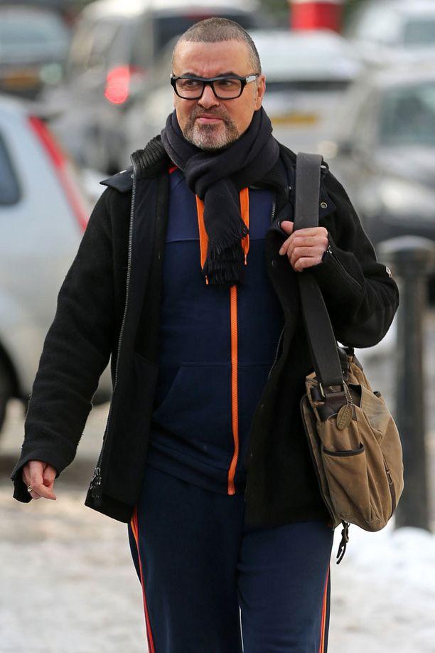 George Michaelin kerrotaan hakeen apua kannasbisriippuvuuteensa.