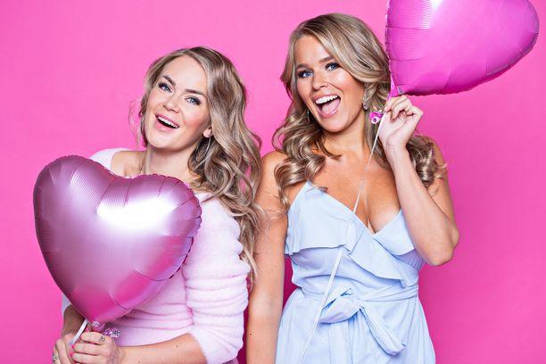 Miss Helsinki -järjestäjä ja Miss Suomi 2011 tunnustavat olevansa kotihiiriä. – Sara järjesti päivässä pikkujoulut, joiden valmisteluun minulla menisi kolme viikkoa!