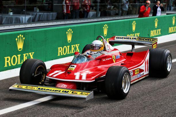 Lehtitietojen mukaan uusi Ferrari on hakenut inspiraatiota tästä Jody Scheckterin vuoden 1979 mestaruusautosta.