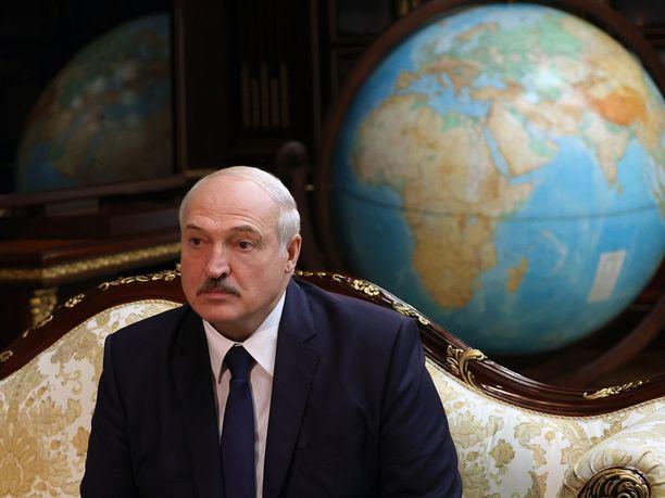 Valko-Venäjän Aljaksandr Lukašenka kuvattuna Minskissä 16. syyskuuta 2020.
