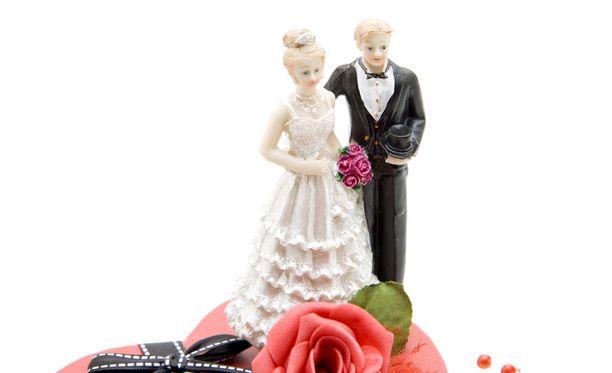 Oikeusministeri Antti Häkkänen haluaisi luopua alaikäisten avioliitot mahdollistavasta poikkeuslupamenettelystä.