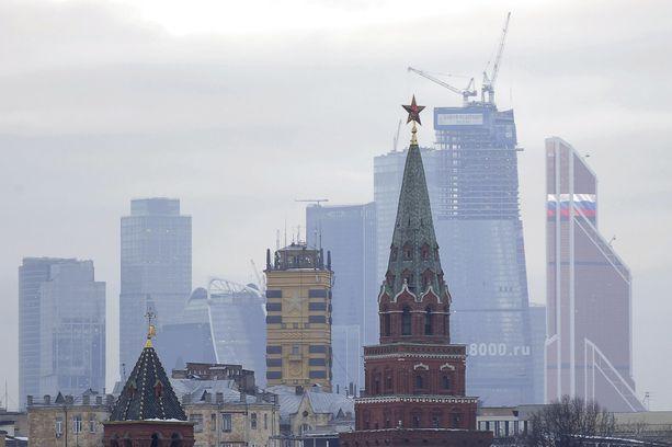 Moskovassa eristettiin tänään tiistaina rakennus epäilyttävän laukun takia.