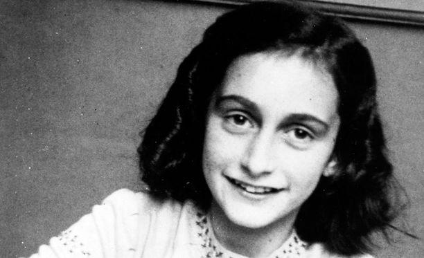 Tutkijoiden mukaan poliisi saattoi löytää Anne Frankin perheineen sattumalta.