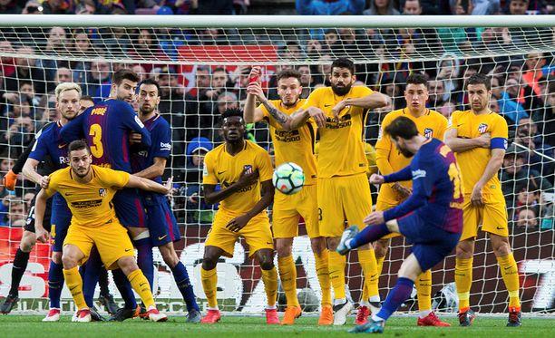 Lionel Messi tykitti uransa 600:nnen maalinsa Atléticon verkkoon.