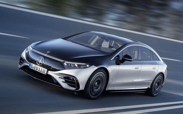 EQS nousee luksusluokan sähköautojen valtiaaksi.