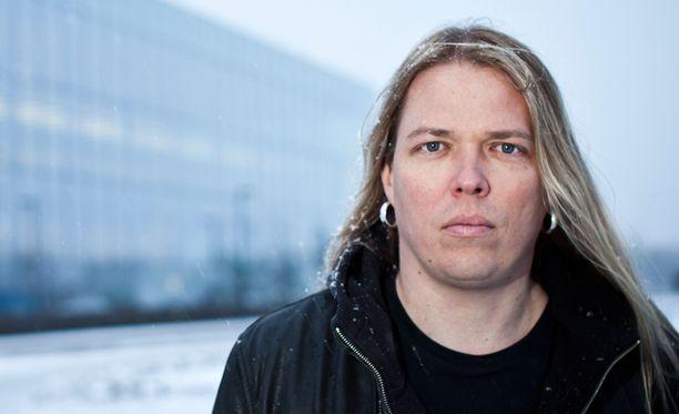 Eicca Toppinen on luotsannut Apocalyptica-yhtyettä vuodesta 1993.