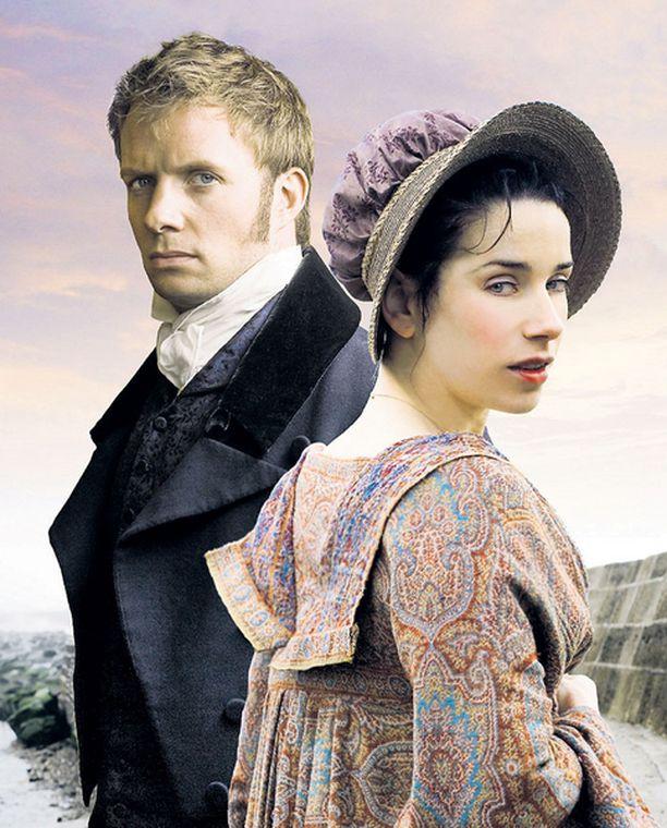 Sally Hawkins ja Rupert Penry Jones esittävät rakastavaisia.