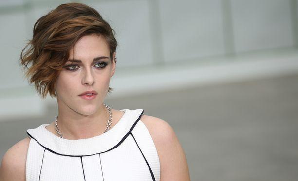 24-vuotias Stewart tunnetaan parhaiten roolistaan Twilight-elokuvasarjassa.