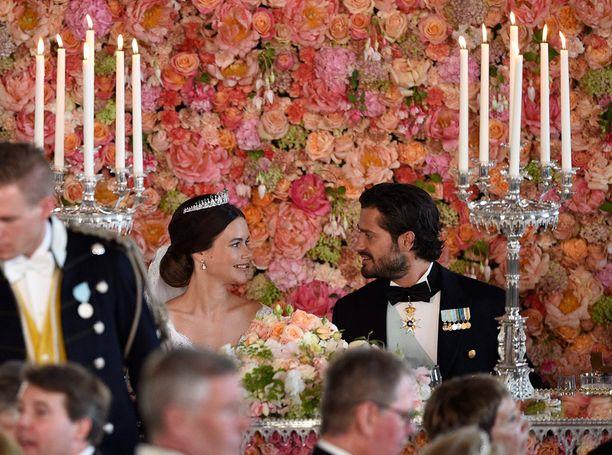 Sofia ja koko Hellqvistin perhe kuuluvat nyt kuningasperheeseen.