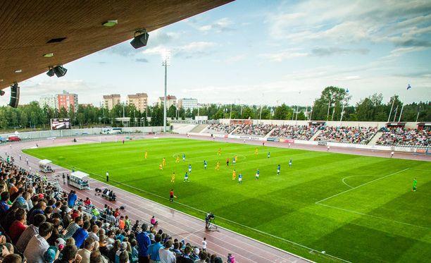 AC Oulun ja EIF:n välinen Ykkösen ottelu pelattiin Raatin stadionille Oulussa. Kuvituskuva.