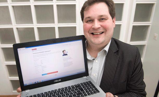 Jethro Rostedt on turkulainen kiinteistönvälittäjä, tosi-tv-tähti kokoomuksen kuntavaaliehdokas.