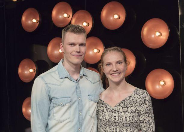 Juuso ja Vilma matkustivat Ruotsin Visbyhyn Napakymppi-matkalle.