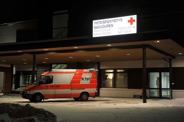 Tuhkarokkoon sairastunut lapsi oleskeli muun muassa Kokkolan sairaalan päivystyksessä.
