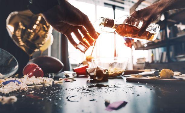 Suomalaisten alkoholin kulutus ei ole kasvanut niin paljon kuin arvioitiin. Kuvituskuva.