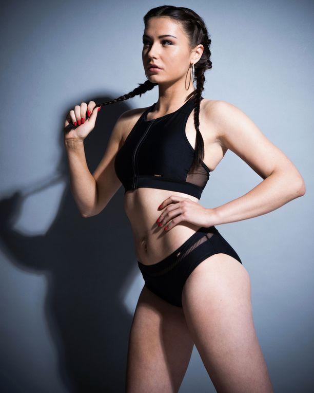 9. Kamilla Gizulewska, 22, 178 cm.