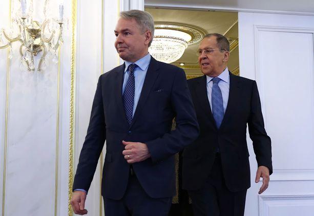 Suomen ulkoministeri Pekka Haavisto ja Venäjän ulkoministeri Sergei Lavrov tapasivat maanantaina Pietarissa.