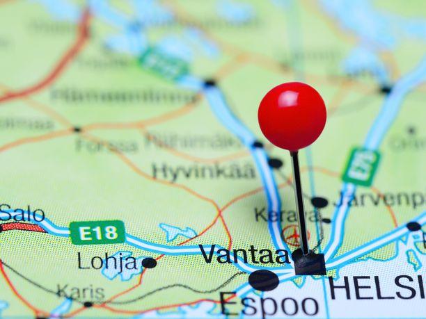 Itä-Uudenmaan poliisi tutkii Vantaan Hämeenkylässä 2.9.2020 tapahtunutta epäiltyä henkirikosta.