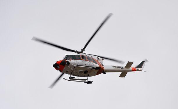 Myös meripelastushelikopteri osallistui pelastusoperaatioon keskiviikkona. Arkistokuva.