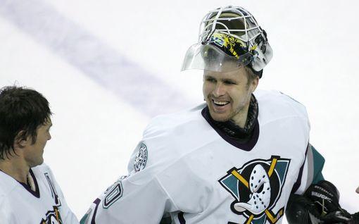 """Entiseltä NHL-tähtimaalivahdilta tiukka ulostulo BLM-liikettä vastaan: """"Olen kyllästynyt tähän"""""""