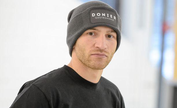 Edis Tatli puolustaa Euroopan mestaruutta toukokuussa.